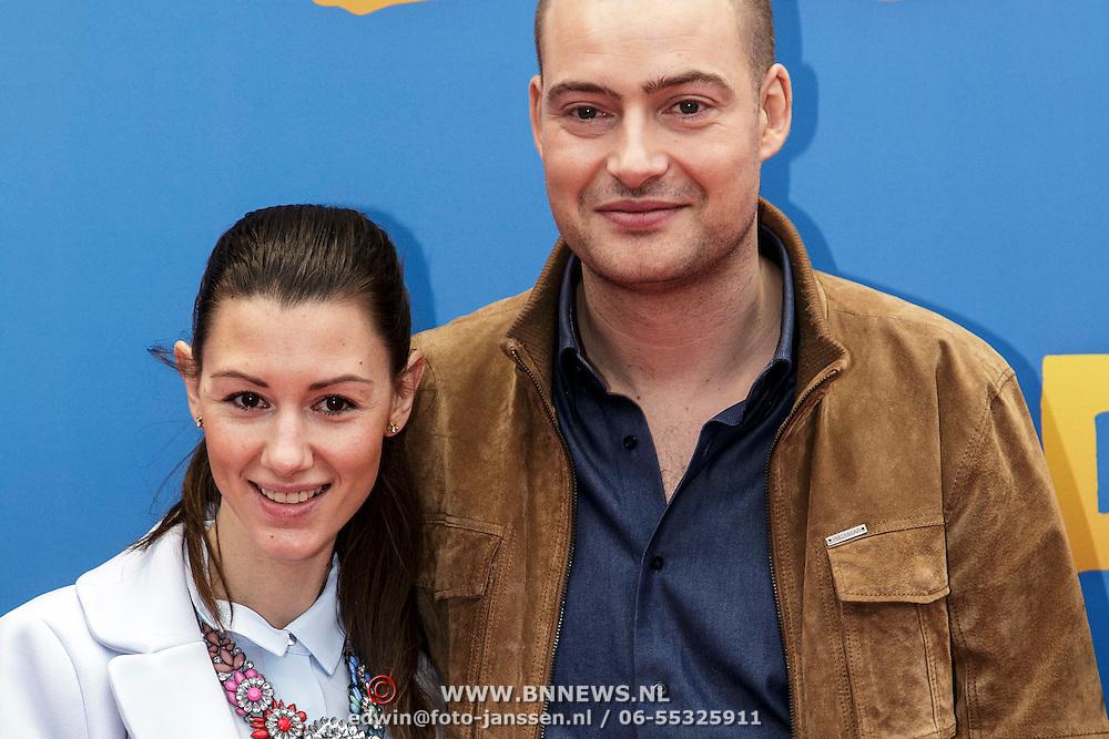 NLD/Amsterdam/20150208 - Filmpremiere  Paddington , Lange Frans en Danielle van Aalderen