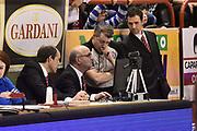 DESCRIZIONE : Pistoia Lega A 2015-2016 Giorgio Tesi Group Pistoia Vanoli Cremona<br /> GIOCATORE : arbitro Alessandro Martolini<br /> CATEGORIA : arbitro fairplay<br /> SQUADRA : arbitro<br /> EVENTO : Campionato Lega A 2015-2016<br /> GARA : Giorgio Tesi Group Pistoia Vanoli Cremona<br /> DATA : 13/03/2016<br /> SPORT : Pallacanestro<br /> AUTORE : Agenzia Ciamillo-Castoria/Max.Ceretti<br /> GALLERIA : Lega Basket A 2014-2015<br /> FOTONOTIZIA : Pistoia Lega A 2015-2016 Giorgio Tesi Group Pistoia Vanoli Cremona<br /> PREDEFINITA :