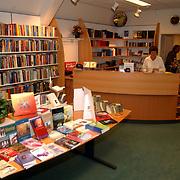Evangelische boekhandel Echo Kerkstraat Huizen nieuw interieur