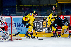 30.12.2019, Ice Rink, Znojmo, CZE, EBEL, HC Orli Znojmo vs Vienna Capitals, 33. Runde, im Bild v.l. Teemu Tapio Lassila (HC Orli Znojmo) Ty Loney (spusu Vienna Capitals) Kyle Baun (spusu Vienna Capitals) // during the Erste Bank Eishockey League 33th round match between HC Orli Znojmo and Vienna Capitals at the Ice Rink in Znojmo, Czechia on 2019/12/30. EXPA Pictures © 2019, PhotoCredit: EXPA/ Rostislav Pfeffer
