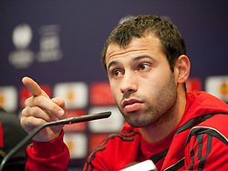 21.04.2010, Stadio Vicente Calderon, Madrid, ESP, UEFA EL, Liverpool FC PK im Bild Liverpool's Javier Mascherano bei der Pressekonferenz vor dem Uefa Europaleague Halbfinale gegen Athletico Madrid, EXPA Pictures © 2010, PhotoCredit: EXPA/ Propaganda/ D. Rawcliffe / SPORTIDA PHOTO AGENCY
