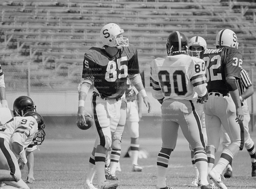 COLLEGE FOOTBALL: Stanford v Army, September 22, 1979 at Stanford Stadium in Palo Alto, California. Pat Bowe #85.  Photography by David Madison   www.davidmadison.com.
