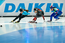 Hanne Desmet of Belgium, Cynthia Mascitto of Italy in action on 1500 meter during ISU World Short Track speed skating Championships on March 05, 2021 in Dordrecht