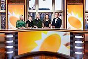 HILVERSUM, 03-09-2021 , Mediapark<br /> <br /> 20 jarig feestelijk momentje RTL Boulevard met huidige presentatoren<br /> <br /> Op de foto: Huidige presentatie werkdagen met Marieke Elsinga, Bridget Maasland, Vivienne van den Assem, Eddy Zoey,  Luuk Ikink