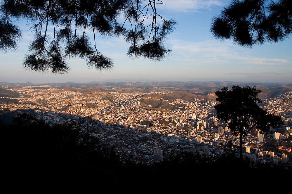 Pocos de Caldas_MG, Brasil...Vista panoramica de  Pocos de Caldas...The panoramic view of Pocos de Caldas...Foto: MARCUS DESIMONI / NITRO