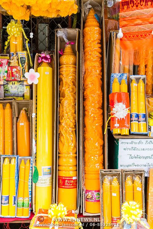 THA/Bangkok/20160729 - Vakantie Thailand 2016 Bangkok, Offerkaarsen