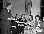 23/12/1952<br />