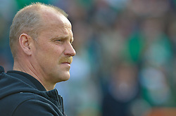 24.04.2010, Weser Stadion, Bremen, GER, 1.FBL, Werder Bremen vs 1. FC Koeln, im Bild Thomas Schaaf ( Werder  - Trainer  COACH)     EXPA Pictures © 2010, PhotoCredit: EXPA/ nph/  Kokenge / SPORTIDA PHOTO AGENCY