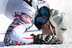 23.10.2011, Rettenbachferner, Soelden, AUT, FIS World Cup Ski Alpin, Herren, Riesenslalom, im Bild Philipp Schoerghofer (AUT) küsst den Schnee in Sölden // during Mens ginat Slalom at FIS Worldcup Ski Alpin at the Rettenbachferner in Solden on 23/10/2011. EXPA Pictures © 2011, PhotoCredit: EXPA/ Johann Groder