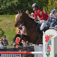 USA's Margaux Isaksen competes on the horse Darcy during the Modern Pentathlon Women's World Cup held in Budapest, Hungary on May 07, 2011. ATTILA VOLGYI