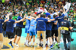 Team Slovenia celebrates after winning during the 2020 FIBA Men's Olympic Qualifying Tournament final game between Lithuania and Slovenia on July 4, 2021 in Zalgiris Arena, Kaunas, Lithuania. Photo by Fotodiena / Sportida