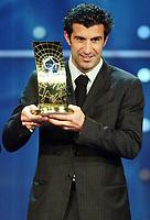 Fotball: 17.12.2001 Zürich, Schweiz,<br />Der Portugiese Louis Figo wird zum Weltfussballer des Jahres gewählt am Montag (17.12.2001) bei der FIFA-World Player Gala in Zürich. <br /><br />Foto:ANDY M†LLER, Digitalsport