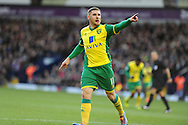 Norwich city's Gary Hooper celebrates after he scores his sides 1st goal. Barclays Premier league, West Bromwich Albion v Norwich city at the Hawthorns in West Bromwich, England on Sat 7th Dec 2013. pic by Andrew Orchard, Andrew Orchard sports photography.