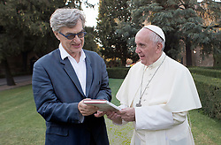 RELEASE DATE: June 14, 2018 TITLE: Pope Francis: A Man Of His Word STUDIO: Focus Features DIRECTOR: Wim Wenders PLOT: Pope Francis travels the world speaking to those in need and delivering a message of hope. STARRING: Pope Francis, Ignazio Oliva, Sister Maria Eufemia Goycoechea. (Credit Image: ? Focus Features/Entertainment Pictures/ZUMAPRESS.com)