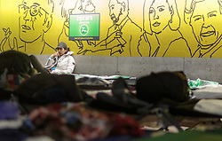 14.09.2015, Hauptbahnhof Salzburg, AUT, Fluechtlinge am Hauptbahnhof Salzburg auf ihrer Reise nach Deutschland, im Bild Flüchtlinge in der Parkgarage // Migrants in a improvised shelter in the underground parking. Thousands of refugees fleeing violence and persecution in their own countries continue to make their way toward the EU, Main Train Station, Salzburg, Austria on 2015/09/14. EXPA Pictures © 2015, PhotoCredit: EXPA/ JFK