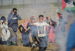 May 2, 2019 - Gaza City, The Gaza Strip, Palestine - Dozens of Palestinian journalist east of Gaza city covering Gaza friday clashes. At least 95 journalists were killed last year during the course of their work, according to the International Federation of Journalists  (Credit Image: © Abed Alrahman Alkahlout/Quds Net News via ZUMA Wire)