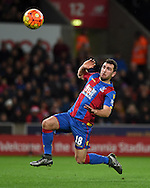 James McArthur of Crystal Palace in action. Barclays Premier league match, Stoke city v Crystal Palace at the Britannia Stadium in Stoke on Trent, Staffs on Saturday 19th December 2015.<br /> pic by Andrew Orchard, Andrew Orchard sports photography.