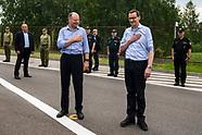 Spotkanie premierów Polski i Litwy na przejściu granicznym w Budzisku