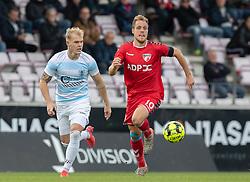 Philip Rejnhold (FC Helsingør) og Anders Holvad (FC Fredericia) under kampen i 1. Division mellem FC Fredericia og FC Helsingør den 4. oktober 2020 på Monjasa Park i Fredericia (Foto: Claus Birch).