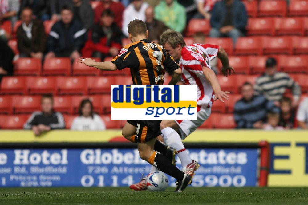 Photo: Pete Lorence.<br />Stoke City v Hull City. Coca Cola Championship. 21/04/2007.<br />Liam Lawrence fires the ball in to take Stoke into the lead.