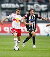 Fotball<br /> Østerrike<br /> Foto: Gepa/Digitalsport<br /> NORWAY ONLY<br /> <br /> SALZBURG,AUSTRIA,30.SEP.12 - FUSSBALL - tipp3 Bundesliga powered by T-Mobile, Red Bull Salzburg vs SK Sturm Graz. <br /> <br /> Bild zeigt Valon Berisha (RBS) und Imre Szabics (Sturm).