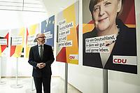22 JUN 2017, BERLIN/GERMANY:<br /> Peter Tauber, CDU Generalsekretaer, stellt erste Plakate zur Bundestagswahl 2017 vor, Konrad-Adenauer-Haus<br /> IMAGE: 20170622-01-006<br /> KEYWORDS: Wahlkampf