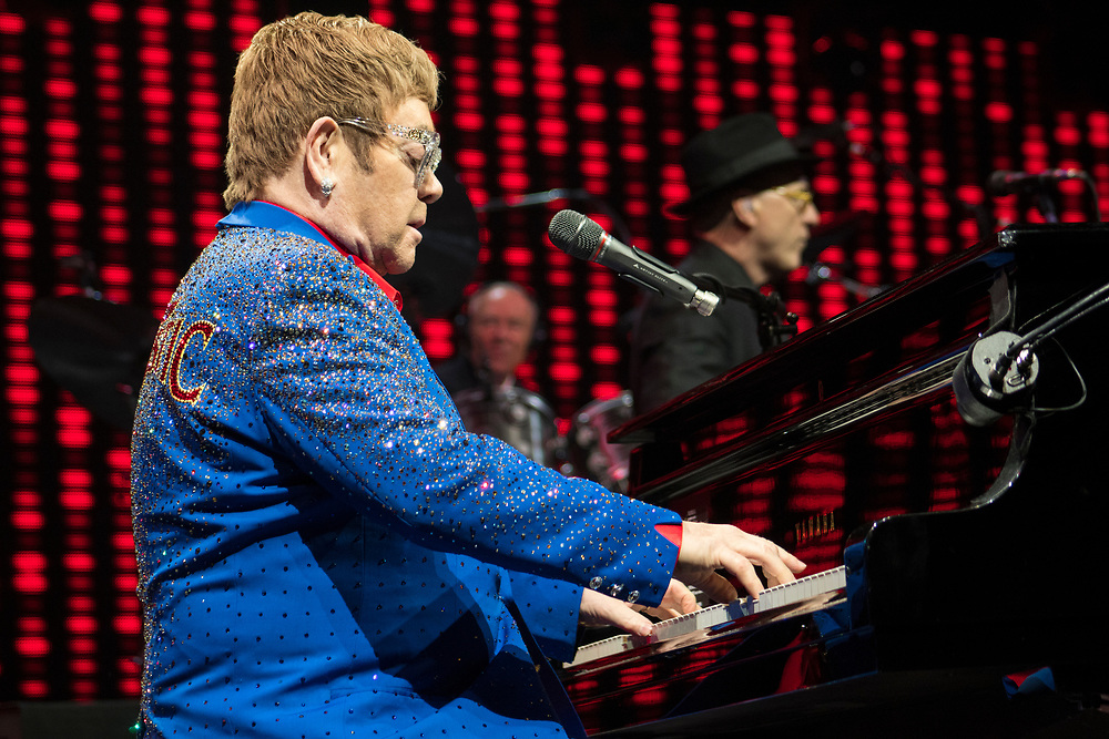 Elton John performs for a sold out crowd at the TaxSlayer Center in Moline, IL on November 10, 2017.
