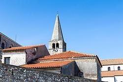 THEMENBILD - Porec ist eine Stadt an der Westkueste von der kroatischen Halbinsel Istrien, im Bild die Euphrasius-Basilika . Aufgenommen am 12. April 2017 // Porec is a town on the western coast of the Croatian peninsula Istria, This picture shows the Euphrasian Basilica, Porec, Croatia on 2017/04/12. EXPA Pictures © 2017, PhotoCredit: EXPA/ Sebastian Pucher