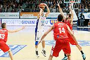 DESCRIZIONE : Cantu Lega A 2013-14 Acqua Vitasnella Cantu Grissin Bon Reggio Emilia<br /> GIOCATORE : Stefano Gentile<br /> CATEGORIA : Tiro Three Points<br /> SQUADRA : Acqua Vitasnella Cantu<br /> EVENTO : Campionato Lega A 2013-2014<br /> GARA : Acqua Vitasnella Cantu Grissin Bon Reggio Emilia<br /> DATA : 04/01/2014<br /> SPORT : Pallacanestro <br /> AUTORE : Agenzia Ciamillo-Castoria/G.Cottini<br /> Galleria : Lega Basket A 2013-2014  <br /> Fotonotizia : Cantu Lega A 2013-14 Acqua Vitasnella Cantu Grissin Bon Reggio Emilia<br /> Predefinita :
