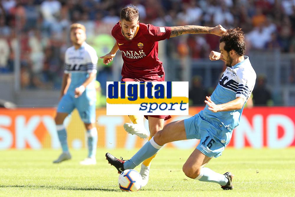 Davide Santon Roma Marco Parolo Lazio<br />Roma 28-09-2018 Stadio Olimpico Football Calcio Serie A 2018/2019 AS Roma - Lazio Foto Luca Pagliaricci / Insidefoto
