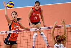09-01-2016 TUR: European Olympic Qualification Tournament Rusland - Nederland, Ankara<br /> De strijd om Rio of Japan / Robin de Kruijf #5, Anne Buijs #11