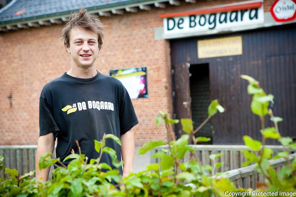 364494-Joeri Lemaire, coordinator van Jeugdhuis De Bogaard-Diestseweg 135 Geel