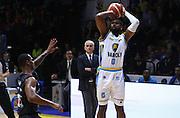 Cremona 18/10/2015 - Basket Campionato Italiano Lega A 2015-16 - Vanoli Cremona-Pasta Reggia Caserta<br /> nella foto: Sutherland<br /> Foto Ciamillo