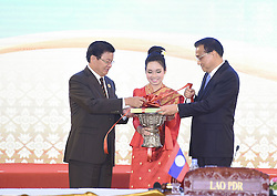 VIENTIANE, Sept. 7, 2016 (Xinhua) -- Chinese Premier Li Keqiang (1st R) and Laotian Prime Minister Thongloun Sisoulith (1st L) cut the ribbon for the handbook titled ''25 Years of ASEAN-China Dialogue and Cooperation: Facts and Figures'' as they attend a ceremony to commemorate the 25th anniversary of the establishment of China-ASEAN dialogue relations, in Vientiane, Laos, Sept. 7, 2016. (Xinhua/Gao Jie) (cxy) (Credit Image: © Gao Jie/Xinhua via ZUMA Wire)