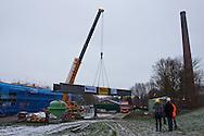 Plaatsing loopbrug tussen ir. D.F. Woudagemaal en nieuw bezoekerscentrum te Lemmer.