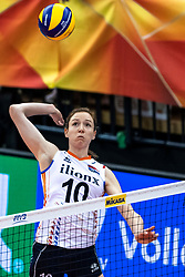 16-10-2018 JPN: World Championship Volleyball Women day 17, Nagoya<br /> Netherlands - China 1-3 / Lonneke Sloetjes #10 of Netherlands