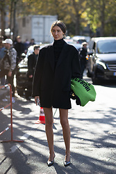 October 1, 2018 - Paris, France - Thom Browne. - Streetstyle, ppl, People on street, Woman, Paris fashion week 2019 Women ready to wear for spring summer, Fruehling Sommer France. (Credit Image: © FashionPPS via ZUMA Wire)