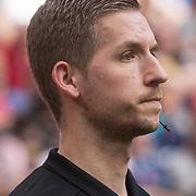 NLD/Amsterdam/20180408 - Ajax - Heracles, scheidsrechter Richard Polman