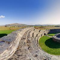 Historical Tourist Attraction Cahergal Ringfort Panorama, Iveragh Peninsula, Ireland / ch000