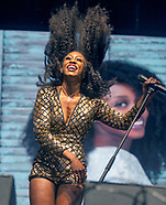 Beverley Knight /kew the music