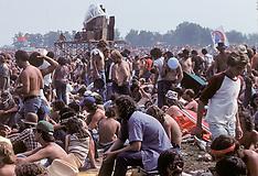 Grateful Dead Englishtown 1977 09-03 | New Before Show Photos Raceway Park NJ