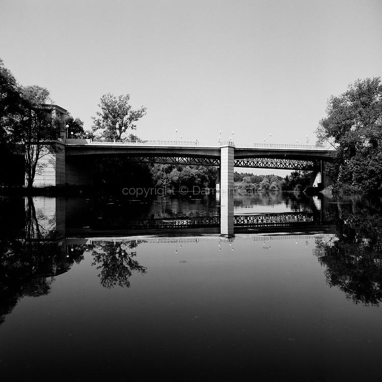 Most v Novem Mestu