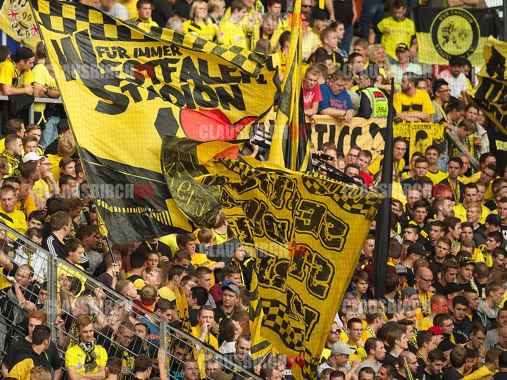 FOOTBALL: Dortmund fans before the Bundesliga match between 1. FSV Mainz 05 and Borussia Dortmund at Coface Arena on September 20, 2014 in Mainz, Germany. Photo: Claus Birch.