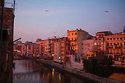 Pont de les Peixateries Velles at dawn,  Girona, Catalonia, Spain