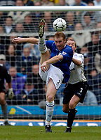 Photo. Jed Wee, Digitalsport<br /> NORWAY ONLY<br /> <br /> Everton v Bolton Wanderers, FA Barclaycard Premiership, 08/05/2004.<br /> Everton's Steve Watson (L) tries an acrobatic attempt on goal as Bolton's Simon Charlton looks on.