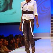 NLD/Haarlem/20061018 - Finale Modelmasters Holland Next Topmodel, deelneemster Ovo