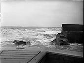1957 - 25/09 Bray Lighthouse Falls