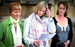 Kate McCann reads a statement on the Steps of the St Stephens entrance of the of House of Commons joined by L to R Sarah Godwin and Nicki Durbin before they give evidence in the first ever Parliamentary Inquiry into the rights of families of missing people, Photo By Andrew Parsons/ i-Images