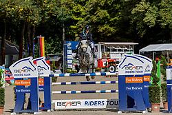 MEYER-ZIMMERMANN Janne-Friederike (GER), Bali 32<br /> Paderborn - OWL Challenge 5. Etappe BEMER Riders Tour 2019<br /> Großer Preis von Paderborn (CSI3*)<br /> Springprüfung mit 2 Umläufen, international <br /> BEMER Riders Tour, Wertungsprüfung 5. Etappe <br /> 15. September 2019<br /> © www.sportfotos-lafrentz.de/Stefan Lafrentz