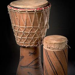 Batuque artesanal (tambor), instrumento musical artesanal. Angola